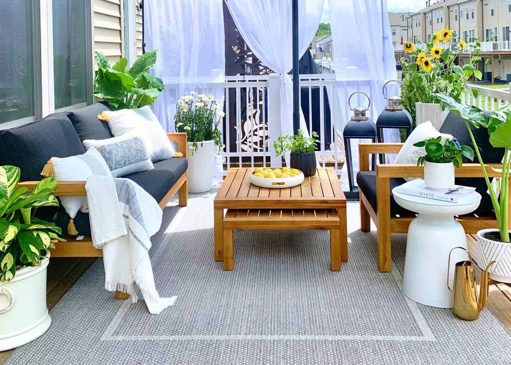 Fabulous way to style your patio to  create a Beautiful Outdoor Living Space