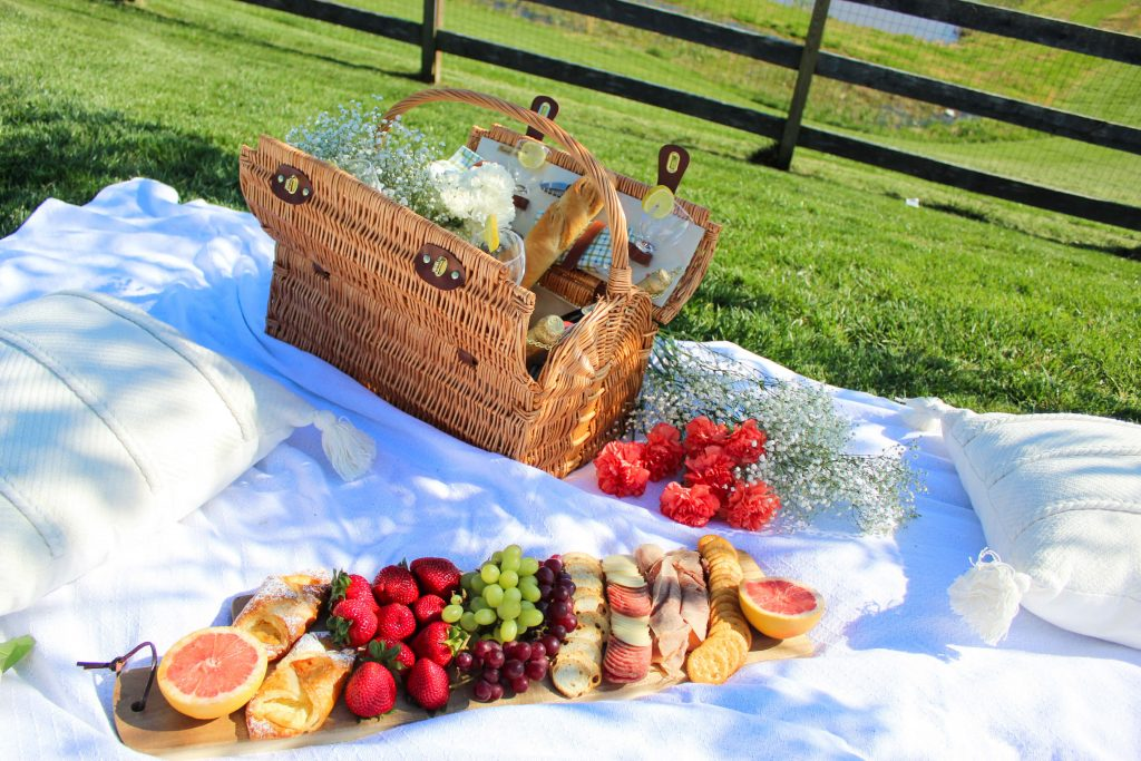 Ideas To Make Mom Feel Special - Mother's Day picnic